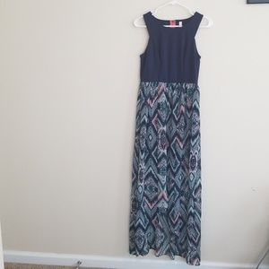 Maxi Dress with Leg Slit